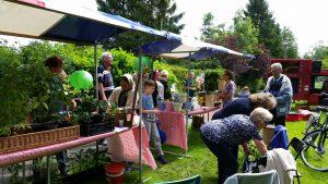 Bezoekers groenmarkt